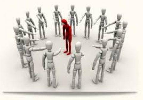 Il mobbing tra colleghi: responsabilità del datore di lavoro